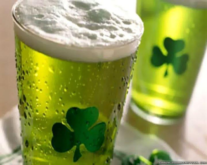 Serata all'insegna della tradizione Irlandese della Giornata di San Patrizio oltre al nostro menu tradizionale e alle birre artigianali per l'occasione potrete provare alcuni piatti tipici dei Pub Irlandesi e la fantastica birra Verde per rimanere in tema non mancate.
