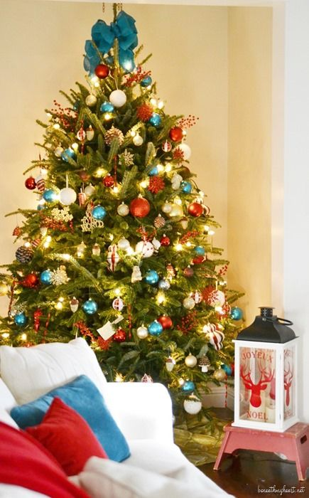 The 25 best teal christmas tree ideas on pinterest teal for Christmas tree color schemes