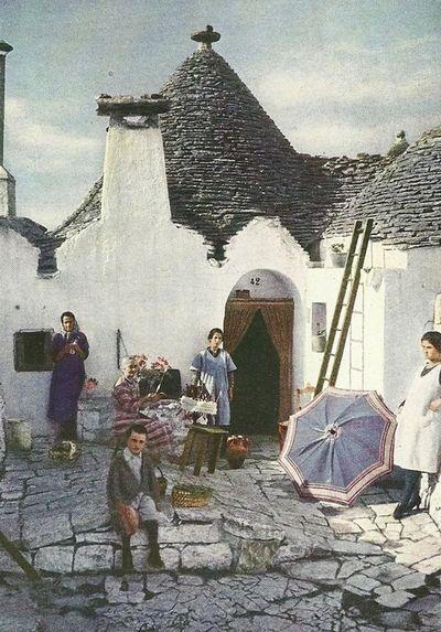 Alberobello Puglia 1930   #TuscanyAgriturismoGiratola