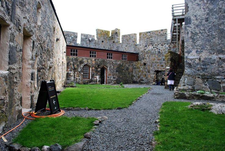 Isle of Barra, Scotland - Kisimul Castle (Castle of Clan Macneil)!