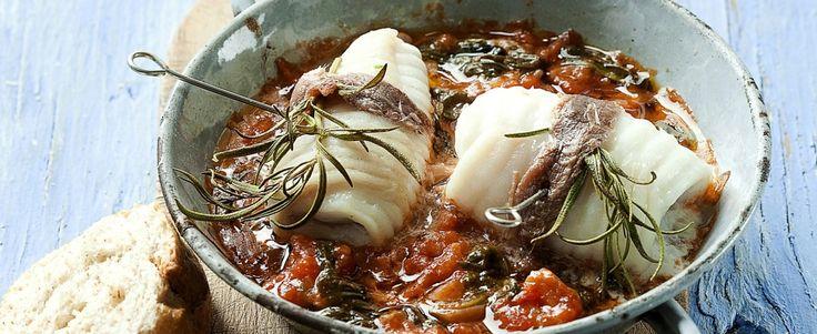 Stoofpotje van rog met spinazie en tomaat