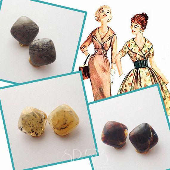 Clip on Rumble earrings Repro Vintage Bakelite Pin Up 40s by sp573