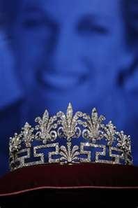 another Spencer family tiara--Honeysuckle