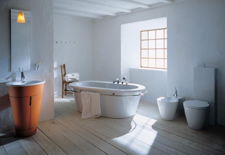 """The """"Bath Lounge"""" was like the Big Bang of modern bathroom design. """"Bath Lounge"""" był jak wielki wybóch dla współczesnego projektowania łazienek."""