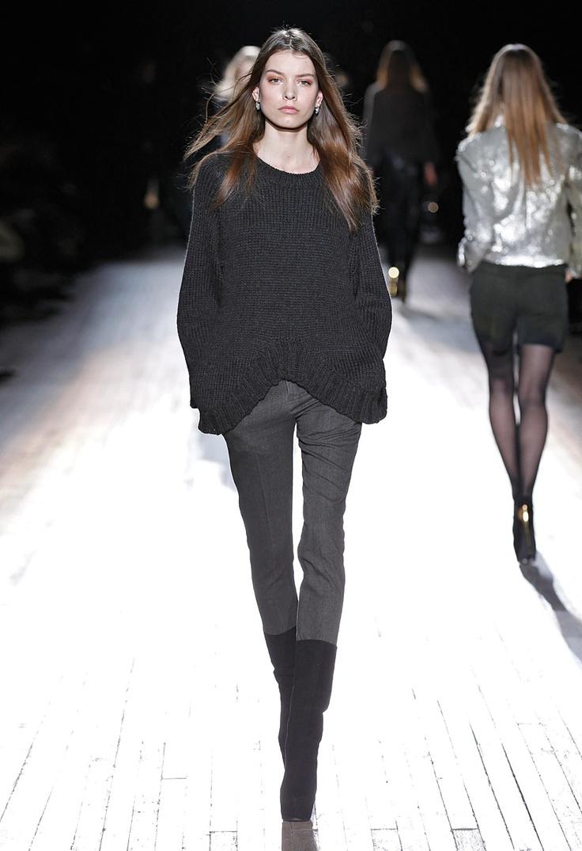 Fall/Winter 2012-2013 | Theyskens' Theory #style #women #fashion #TheyskinsTheory: Fashion Theyskinstheory, Black White Fashion, Fall Looks, Fall 2012, Fashion She S, Fashion Blackbook