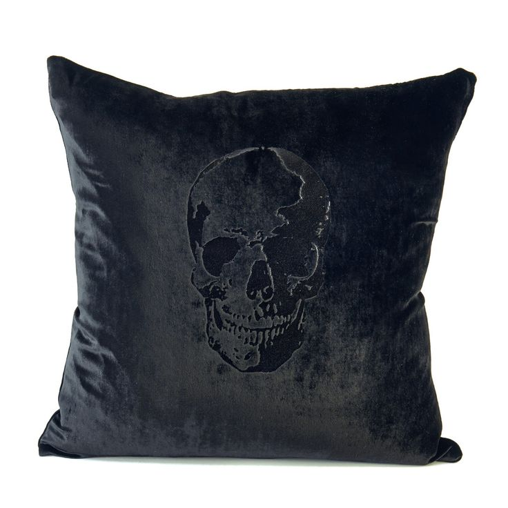 Velvet Black on Black Skull Pillow // #41winks #fashionbedding