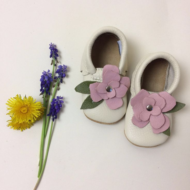 Flower Leather Baby Moccasins, baby moccs, baby moccasin, Soft Soles, Crib Shoes,  toddler moccasins,  flowers, roses, by WanderingSolesMoccs on Etsy https://www.etsy.com/listing/508638072/flower-leather-baby-moccasins-baby-moccs