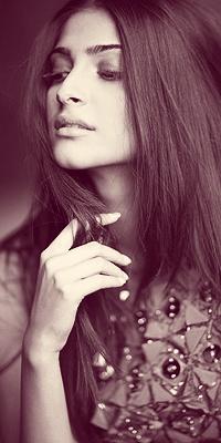 Sonam Kapoor....so beautiful. Her entire wardrobe is mind blowing!!!