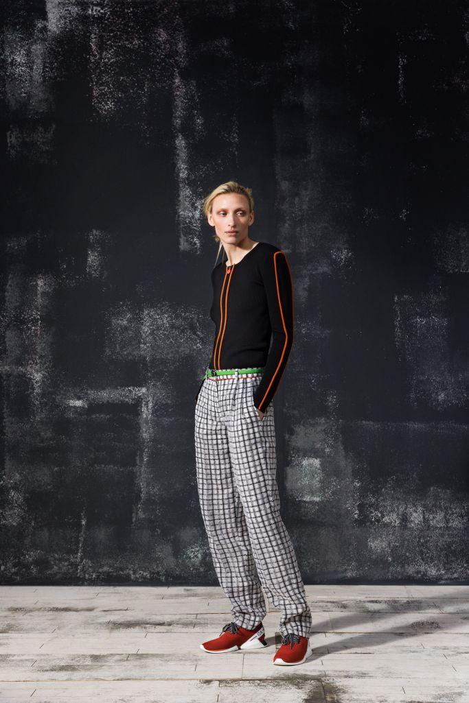 d908dc6b07747 Giorgio Armani Pre-Fall 2019   Runway Fashion 2019   Giorgio armani,  Catwalk fashion, Fashion