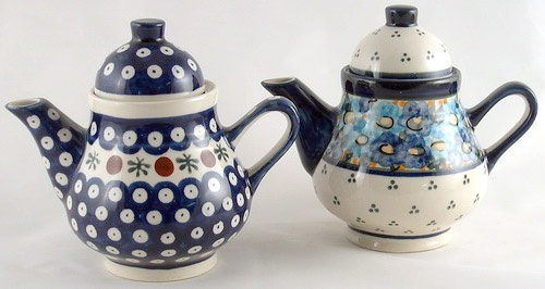 Really cute teapots and cups!: Teas Time, Teas Coff Pots, Teas Cups, Teas Teas, Things Teas, Teas Coffee Pots, Coffee Teas Pots, Polish Teas, Teas Parties
