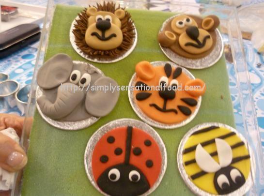 animal cupcake decorations - Google Search Cupcake ...