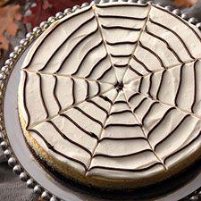 Spider Web Vanilla Bean Cheesecake: Favorite Cheesecake, Halloween Recipe, Cheesecake Dcc, Beans Cheesecake, Cheesecake White, Cakes Yum, Cheesecake Spiders, Cheesecake Recipes, Beans Cakes