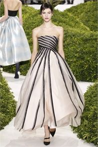 Christian Dior - click on the photo and flip through complete collection on Vogue.it