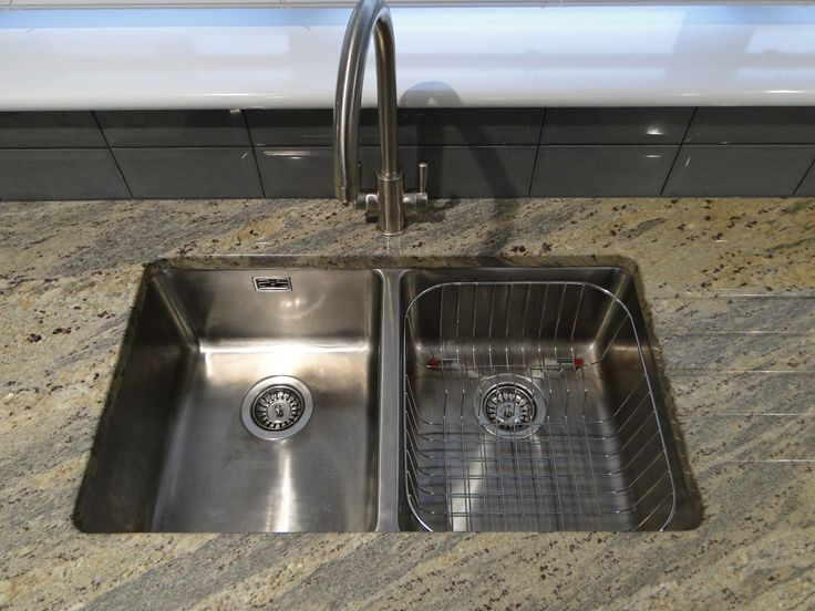 A great shot from one of our customers of the Bluci Orbit 02 double bowl stainless steel undermounted kitchen sink. Shame they didn't fit the overflow plate before taking the picture!!