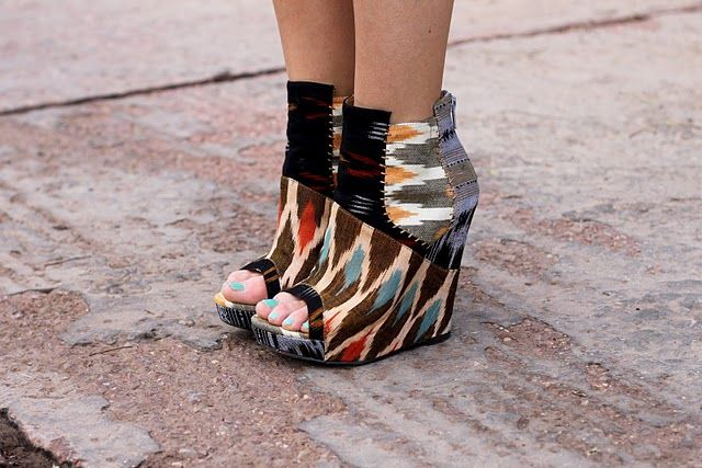 : Fashion Shoes, Style, Shoes Fashion, Aztec Prints, Wedges, Girls Fashion, Fashion Photography, Girls Shoes, Tribal Prints