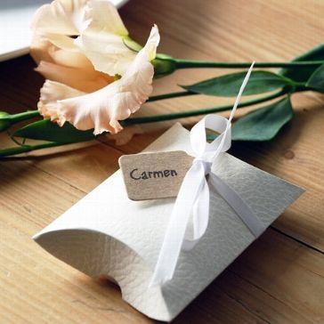 """Stilvolle Kartonage zum Verpacken der Gastgeschenke bei Deiner Hochzeit - auch sehr geeignet für das Hochzeitsthema """"Vintage Rustikal"""""""