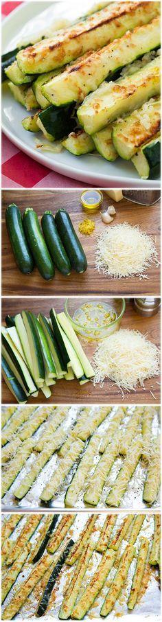 Abobrinha assada no forno com alho, limão e parmesão hummmm
