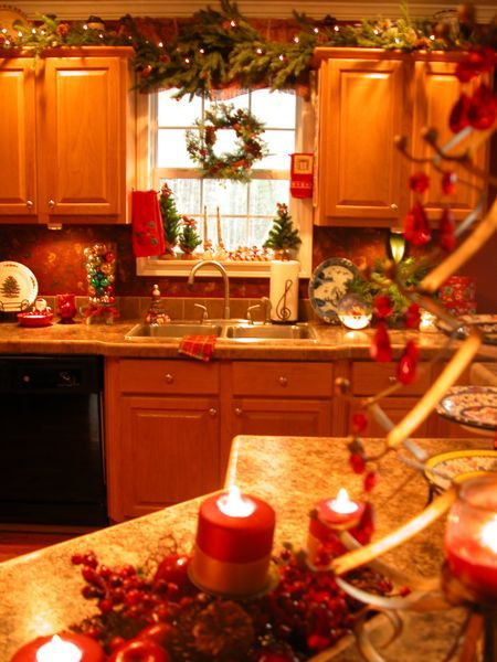 Who says holiday decorating is only for the living room? My kitchen is ...