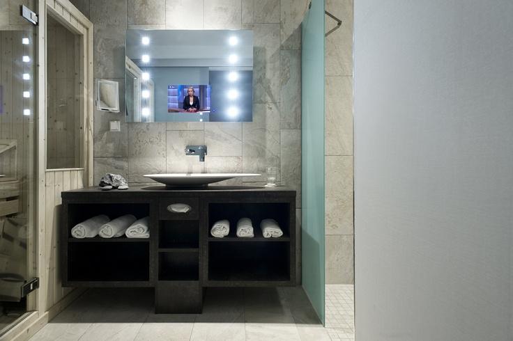 Water & Wellness Bathroom