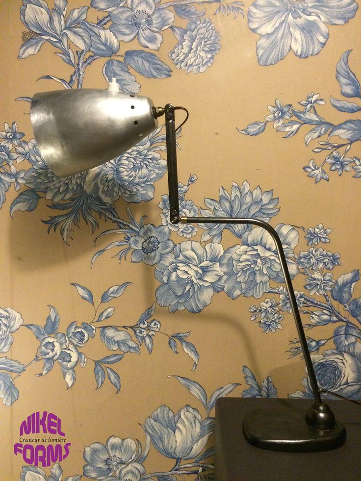 Ancienne lampe sur rotule 2 bras atelier industriel par nikel forms lampes - Lampes industrielles anciennes ...