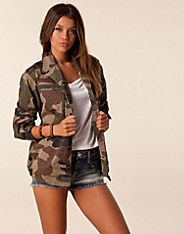 Nly Vintage Jacket - NLY - Kamuflasje - Jakker - Klær - NELLY.COM