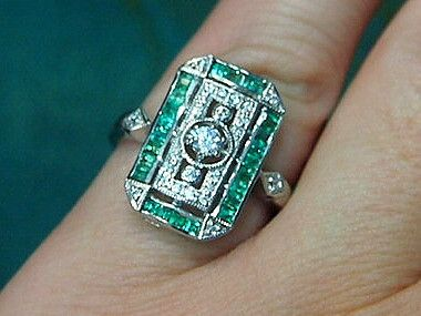 Jewellery-Ring-Designer-Kaiserman- Natural Emerald and Cubic Zirconia Silver Ring