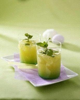 Das Rezept für Fresh up (Minz-Limonade) und weitere kostenlose Rezepte auf LECKER.de