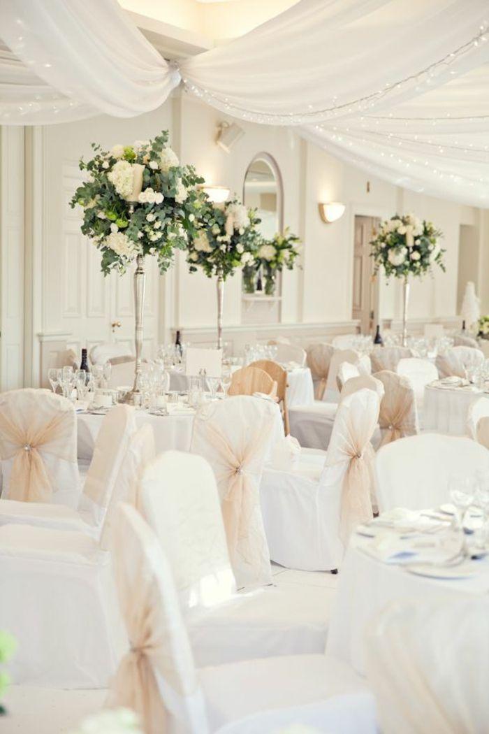 decoration pas cher pour les chaises de mariage avec une housse de chaises