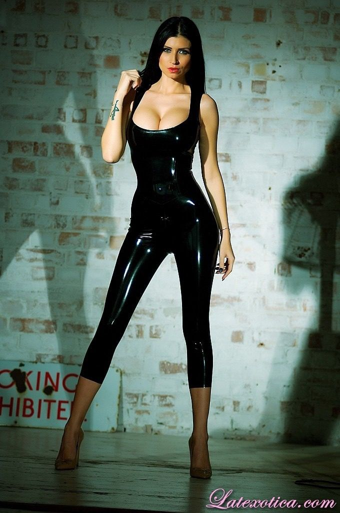 Latex lilly roma Hottest Women