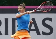 Indian Wells: Simona Halep, criticata vehement de americani inaintea meciului cu Serena Williams