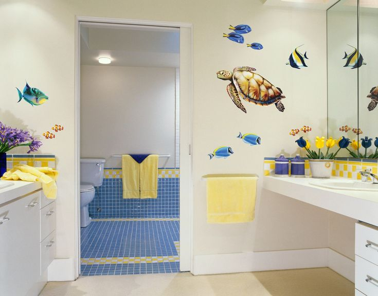 Baños infantiles: Los podemos decorar con las figuras o ídolos de ...