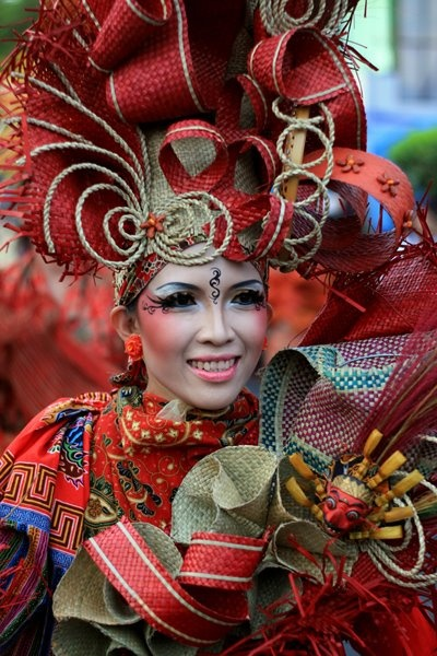 Jogja Fashion Carnaval Week | dhena Modification