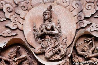 Wat Traimit.  Temple of the Golden Buddha. Bangkok.