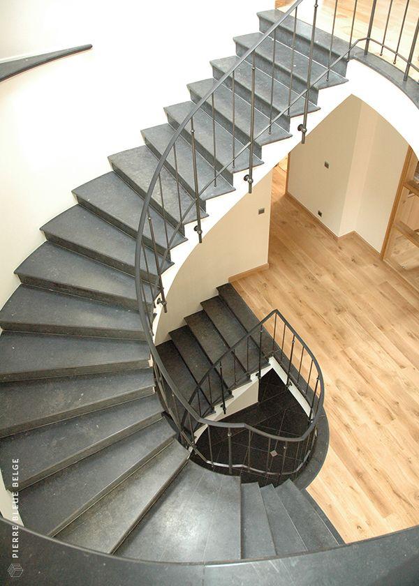 Pin Op Escalier En Pierre Bleue Belge