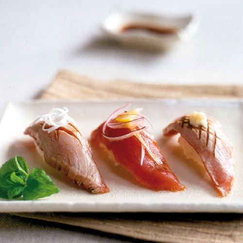 Moderne tonijn-nigiri sushi - recept - okoko recepten