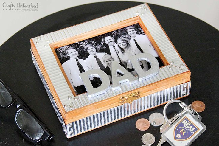 Learn how to make a masculine DIY trinket box for Father's Day with this tutorial. It's the perfect place for Dads to stash love notes and treasures.