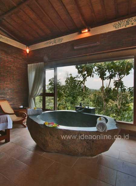 Stone Bathtub, Beautiful Craft!