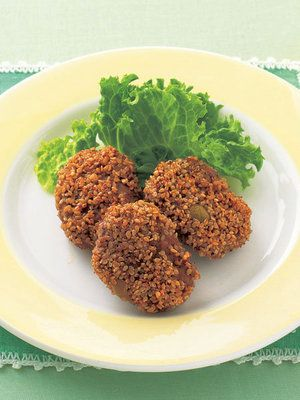 【ELLE a table】オリーブと挽き肉の炒りごま揚げレシピ エル・オンライン