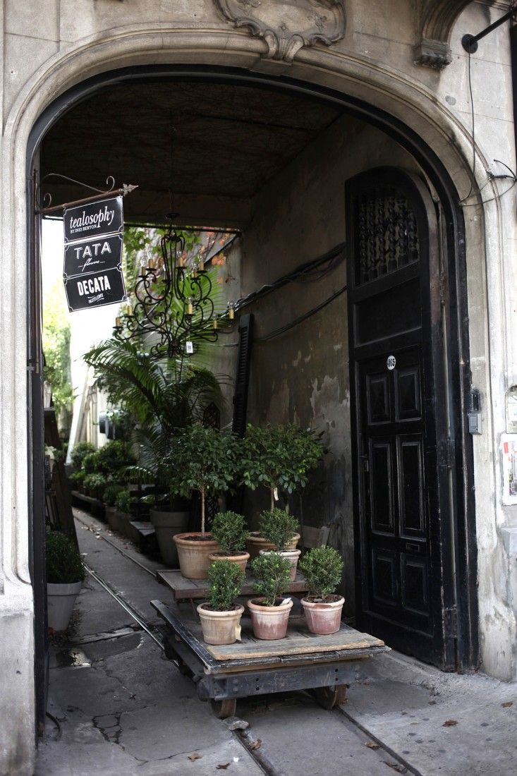 Paul French Gallery Interiors | Gardenista