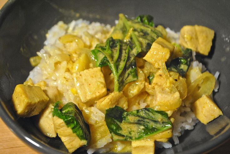Basil Chicken in Coconut Curry Sauce | recipes | Pinterest