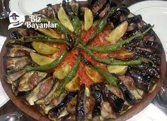 Tokat Kebabı Tarifi Bizbayanlar.com #Biber, #Domates, #Et, #Patates, #Patlıcan, #Sarımsak, #Tuz,#KebapTarifleri http://bizbayanlar.com/yemek-tarifleri/et-yemekleri/kebap-tarifleri/tokat-kebabi-tarifi/