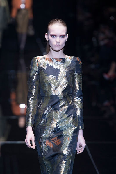 Gucci - Ready-to-Wear - Fall-winter 2013-2014  http://en.flip-zone.com/fashion/ready-to-wear/fashion-houses-42/gucci-3563