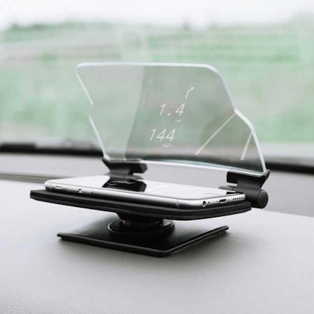 Dit Head-Up Display (HUD) is een accessoire voor je smartphone in combinatie met een app. Je scherm wordt in het glas gereflecteerd, go safety!