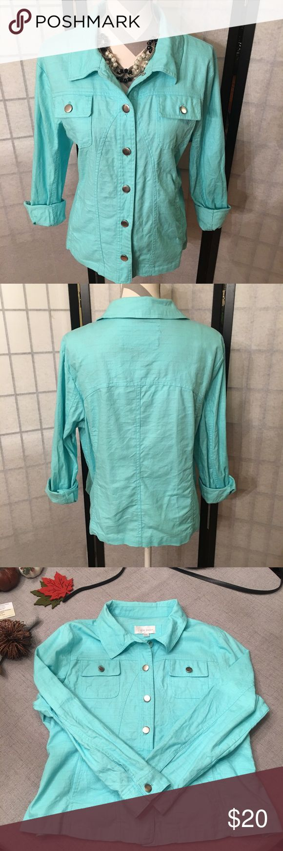 Aqua Jean Jacket 🌟🌟 Beautiful Color Erin London aqua colored Jean Jacket. It is slightly lighter weight than a Jean Jacket, fabric content is 99% Cotton and 1% spandex. Size 1X and very true to size. 2 side pockets in front. No flaws, like new.   Happy to bundle, I will promptly answer any questions :) Follow me to see new items.   Clean, non smoking home. Erin London Jackets & Coats Jean Jackets