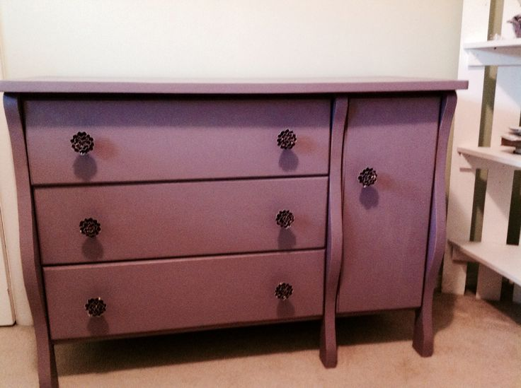 After, Annie Sloan Chaldean paint!