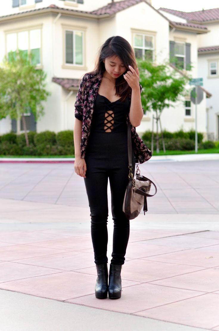 women 39 s black floral blazer black jumpsuit black leather. Black Bedroom Furniture Sets. Home Design Ideas