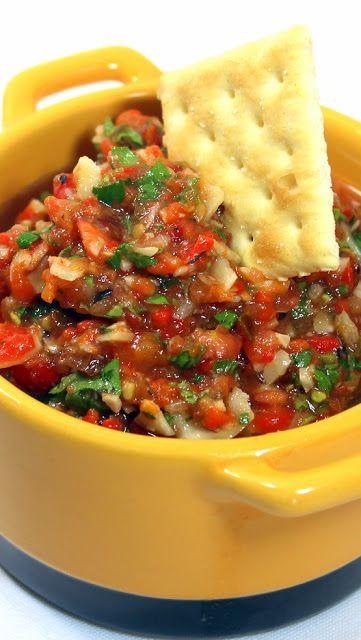 SWEET ROASTED GARLIC Tomato Salsa -