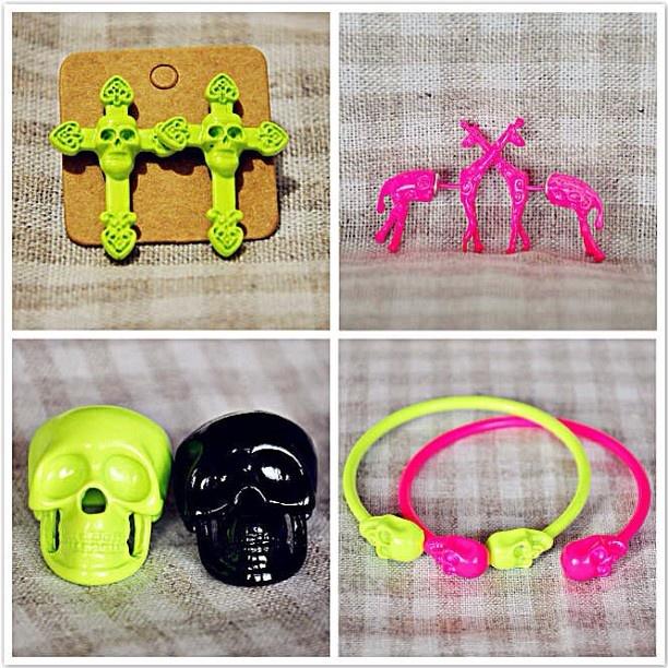 Neon jewellery!Checkout at mojolavie.com.au!We do ship worldwide!