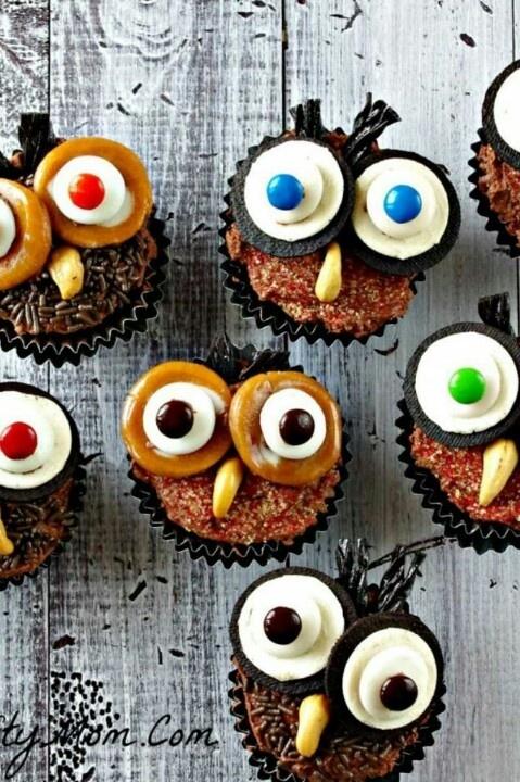 Cute owl cupcake idea!