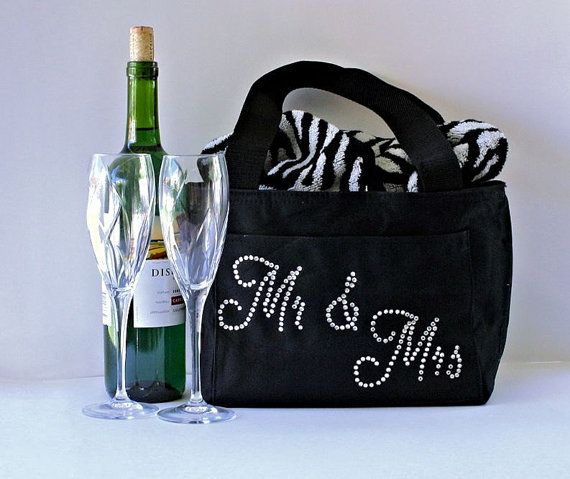 Personalized Unique Wedding gift, Bride and Groom Wedding Gift, Just Married After Party Cooler, Personalize with names